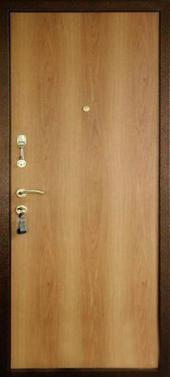 Двери 3 вид сзади
